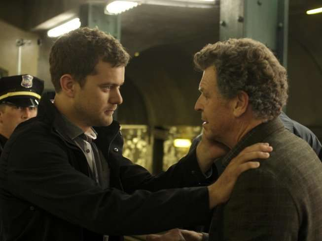 Season Three of FRINGE premieres Thursday, Sept. 23 (9:00-10:00 PM ET/PT) on FOX. Pictured: Joshua Jackson (L) and John Noble (R) ©2010 Fox Broadcasting Co. CR: Michael Courtney/FOX