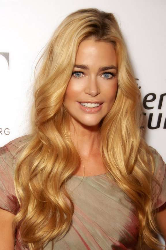 Denise Richards © <b>Glenn Francis</b>, www.PacificProDigital.com (CC-SA 3.0 - denise_richards_2009