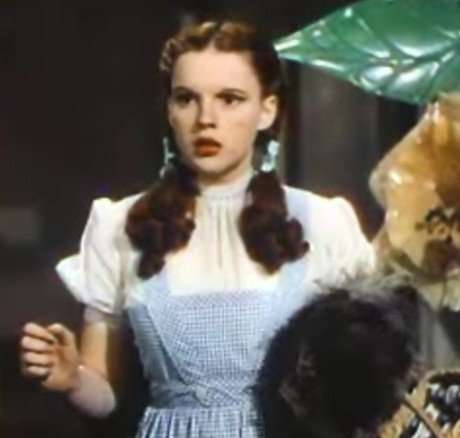 SURRENDER DOROTHY - Judy Garland in the '39 version of The Wizard ...