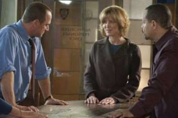 "LAW & ORDER: SPECIAL VICTIMS UNIT -- ""Gray"" Episode 1209 -- Pictured: (l-r) Christropher Meloni as Det. Elliot Stabler, Christine Lahti as ADA Sonya Paxton, Ice-T as Det. Odafin ""Fin"" Tutuola -- Photo by: Virginia Sherwood/NBC"