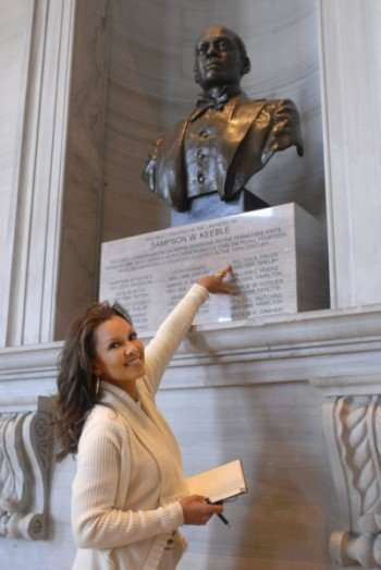 "WHO DO YOU THINK YOU ARE? -- ""Vanessa Williams"" -- Pictured: Vanessa Williams -- Photo by: Chris Berkey/NBC"