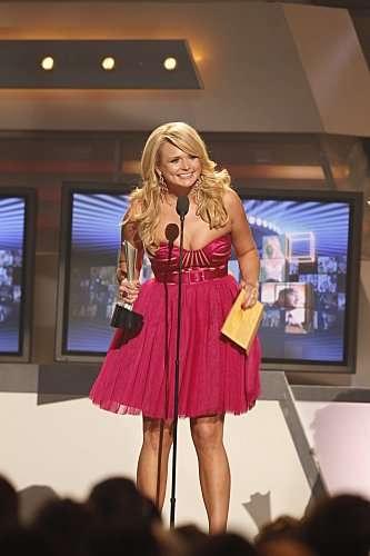 miranda lambert hairstyles 2011. miranda lambert acm dresses.