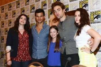 comic-con-2012-twilight-panel1