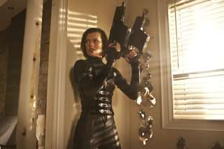 RESIDENT EVIL:  RETRIBUTION (CR: Rafy, Screen Gems, Sony Pictures)