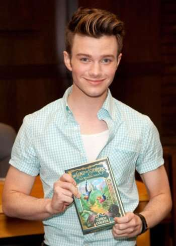 the-land-of-stories-tour-chris-colfer-31699986-500-700