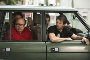"""Season 5 Episode """"The Gang Hits The Road, """" on """"It's Always Sunny in Philadelphia."""" Pictured L-R: Danny DeVito as Frank and Rob McElhenney as Mac, airing Thursday, Sep. 24 on FX. CR: Patrick McElhenney / FX."""