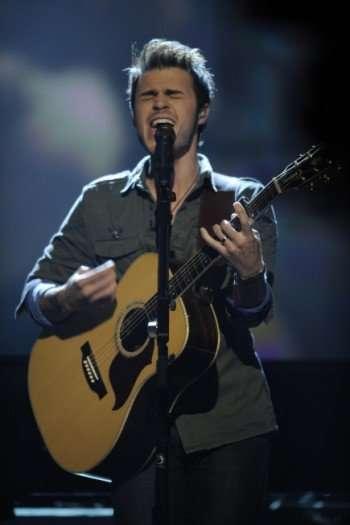 AMERICAN IDOL: Season 8 winner Kris Allen performs on AMERICAN IDOL, which aired Thursday, Feb. 25 on FOX. CR: Frank Micelotta/ FOX.