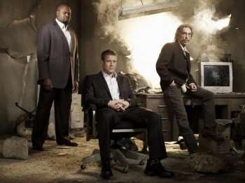 With the help of his associates, Guerrero (Jackie Earle Haley, R) and Winston (Chi McBride, L), Christopher Chance (Mark Valley, C) is a private contractor hired to protect his clients from dangerous and imminent threats in the new action -drama HUMAN TARGET airing Wednesdays (8:00-9:00 p.m. ET/PT) on FOX. ©2009 Fox Broadcasting