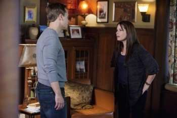 PRETTY LITTLE LIARS - (ABC FAMILY/ADAM ROSE) Pictured: CHAD LOWE, HOLLY MARIE COMBS