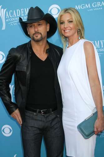 04/18/2010 - Tim McGraw and Faith Hill - 45th Annual Academy of Country Music Awards - Arrivals - MGM Grand Garden Arena - Las Vegas, NV, USA  - Photo Credit: PRN / PR Photos