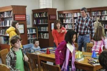 "THE MIDDLE - ""A Birthday Story"" - Frankie and Mike are speechless when, on his ninth birthday, Brick demands to hear the true story about the day he was born, which has remained a mysterious Heck family secret.  (ABC/ADAM LARKEY) EDEN SHER, ATTICUS SHAFFER, PATRICIA HEATON, NEIL FLYNN"