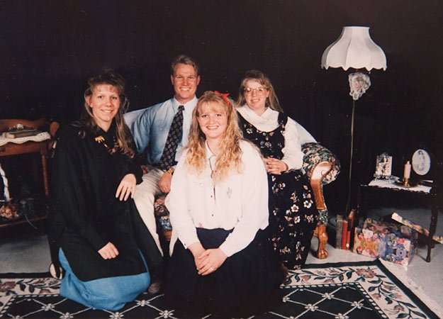 """""""Sister Wives"""" Copyright © 2010 Discovery Communications"""