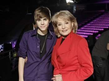 """Barbara Walters interviews teen sensation Justin Bieber for """"Barbara Walters Presents: The 10 Most Fascinating People of 2010,"""" airing THURSDAY, DEC. 9 (10-11 pm, ET) on the ABC Television Network. (ABC/Lou Rocco) JUSTIN BIEBER, BARBARA WALTERS"""