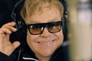 Elton John in 'Gnomeo & Juliet' (Credit: Andrew Macpherson/Miramax Film)