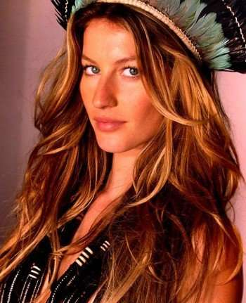 """Gisele Bundchen"" courtesy Lili Ferraz (CC-BY-SA 3.0 Unported)"