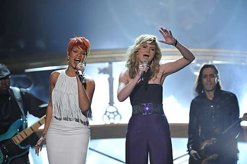 Rihanna performs with Jennifer Nettles at the country superduo Sugarland's first-ever ACM Fan Jam, at the 46TH ANNUAL ACADEMY OF COUNTRY MUSIC AWARDS. Photo: Mark Davis/CBS ©2011 CBS BROADCASTING INC. All Rights Reserved.