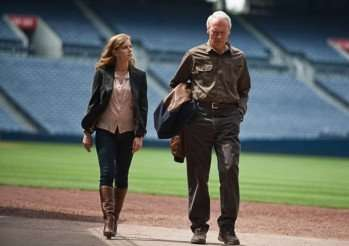 new-trouble-with_the-curve-amy-adams-clint-eastwood